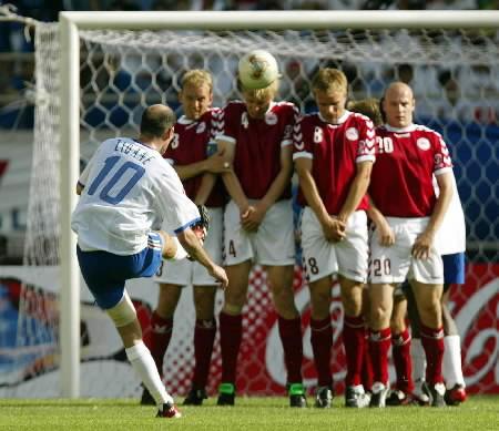 1st-38-france-denmark-zidane