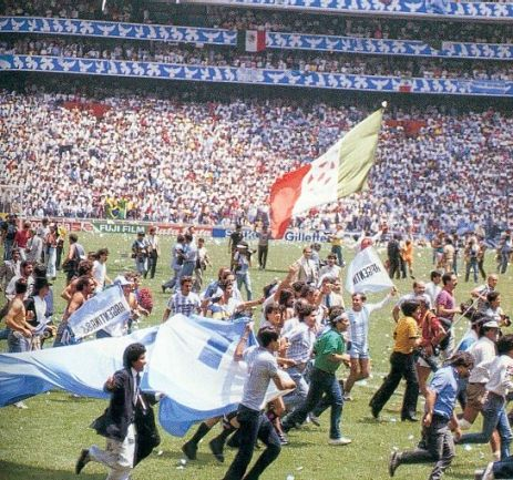 Argentinian supporters storming the field to celebrate their World Cup triumph. The party can begin.
